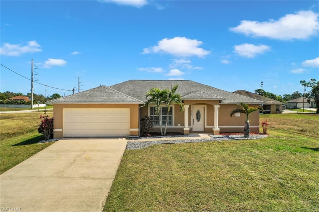 2707 NE 6th Avenue, Cape Coral, FL 33909 - #: 221013572
