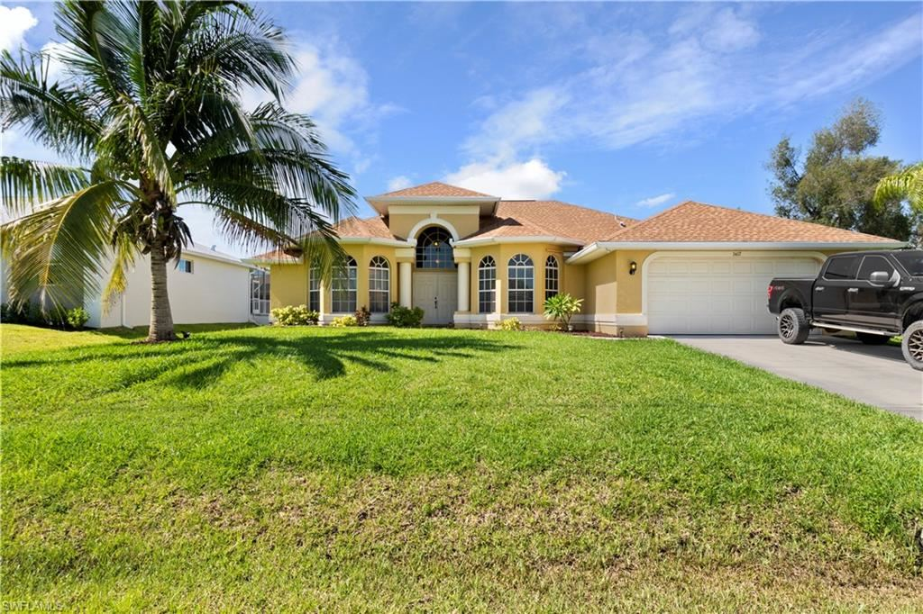 3417 SW 3rd Street, Cape Coral, FL 33991 - #: 221054575