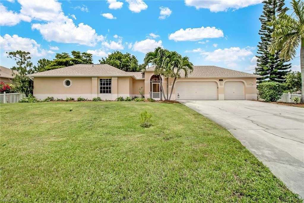 2707 NW 22nd Terrace, Cape Coral, FL 33993 - #: 220035577