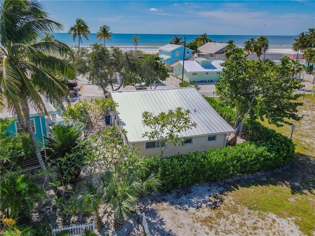 2543 Cottage Avenue, Fort Myers Beach, FL 33931 - #: 221054578