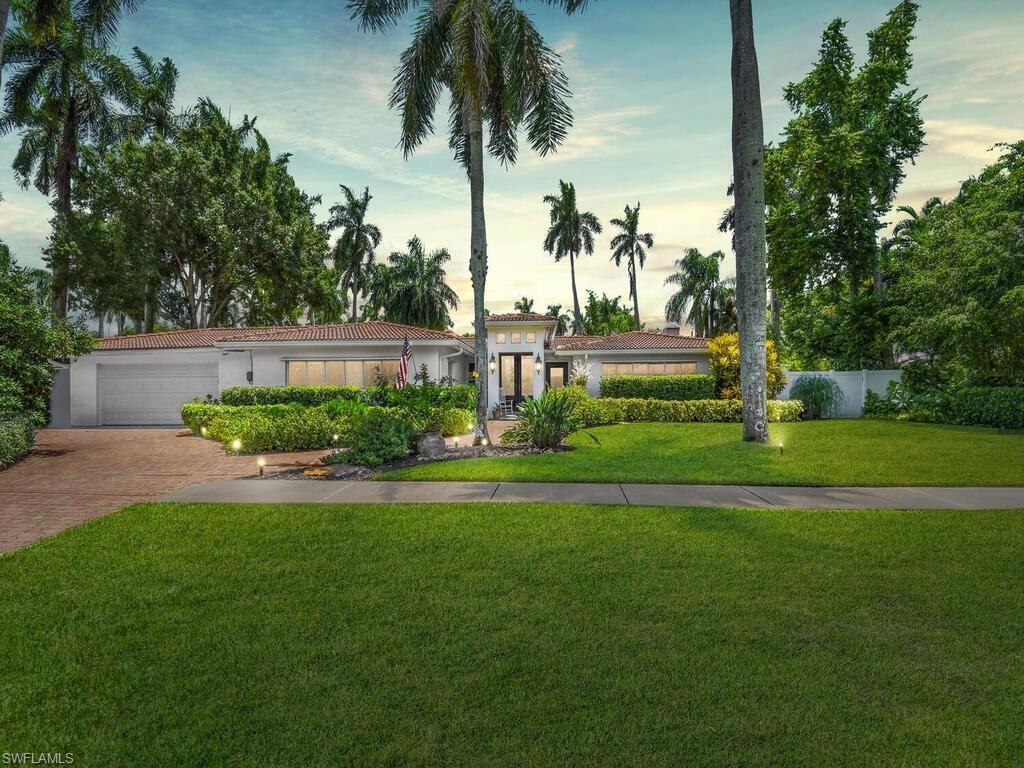 1372 Osceola Drive, Fort Myers, FL 33901 - #: 221055578