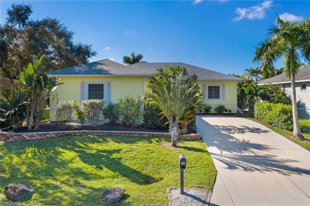 7887 Sandel Wood Circle W, Fort Myers, FL 33908 - #: 221072588