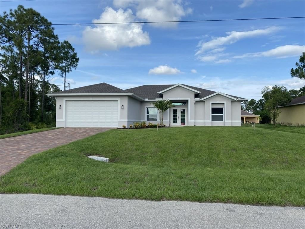 828 Alaska Avenue, Lehigh Acres, FL 33971 - #: 220033589