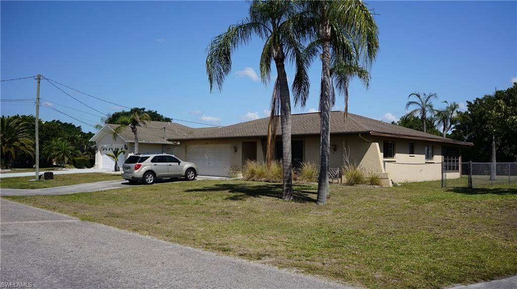 1107 SE 20th Street, Cape Coral, FL 33990 - #: 221025611