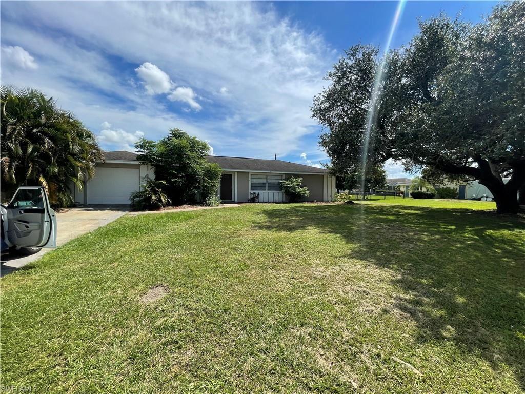 1645 Country Club Parkway, Lehigh Acres, FL 33936 - #: 221072620