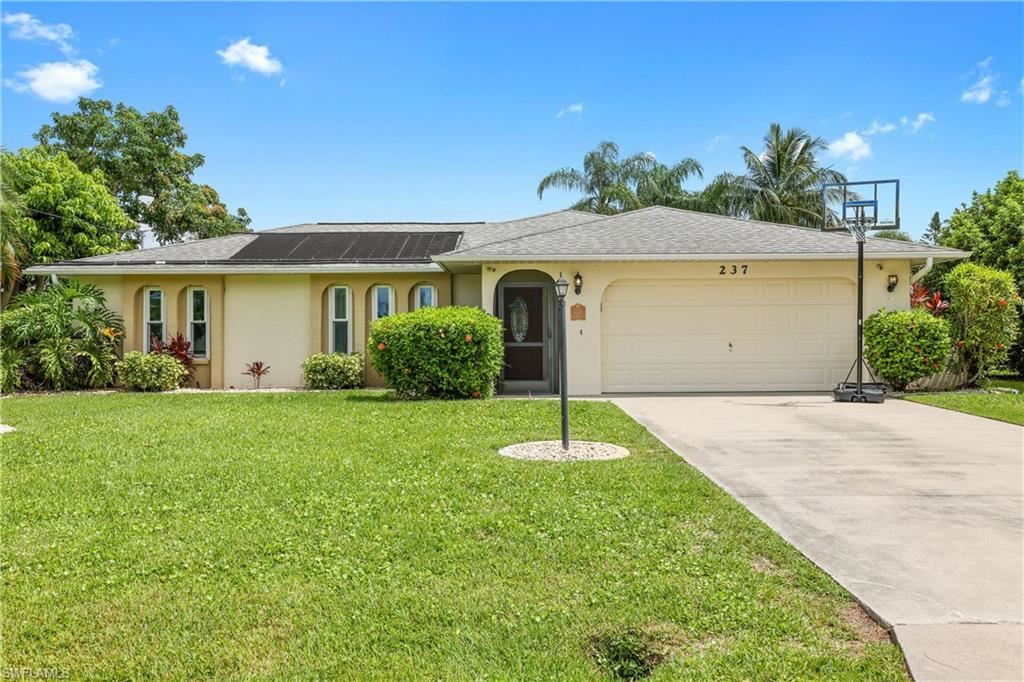 237 Aviation Parkway, Cape Coral, FL 33904 - #: 221055631