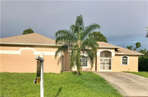 Photo of 512 Palmetto AVE, LEHIGH ACRES, FL 33972 (MLS # 218080634)