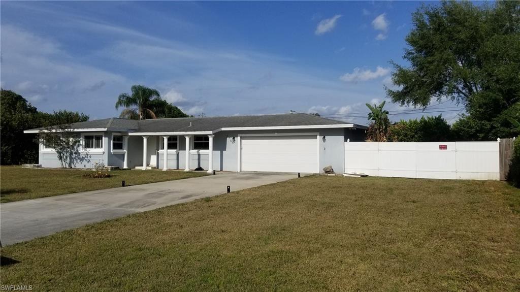 2705 SE 17th Place, Cape Coral, FL 33904 - #: 221028634