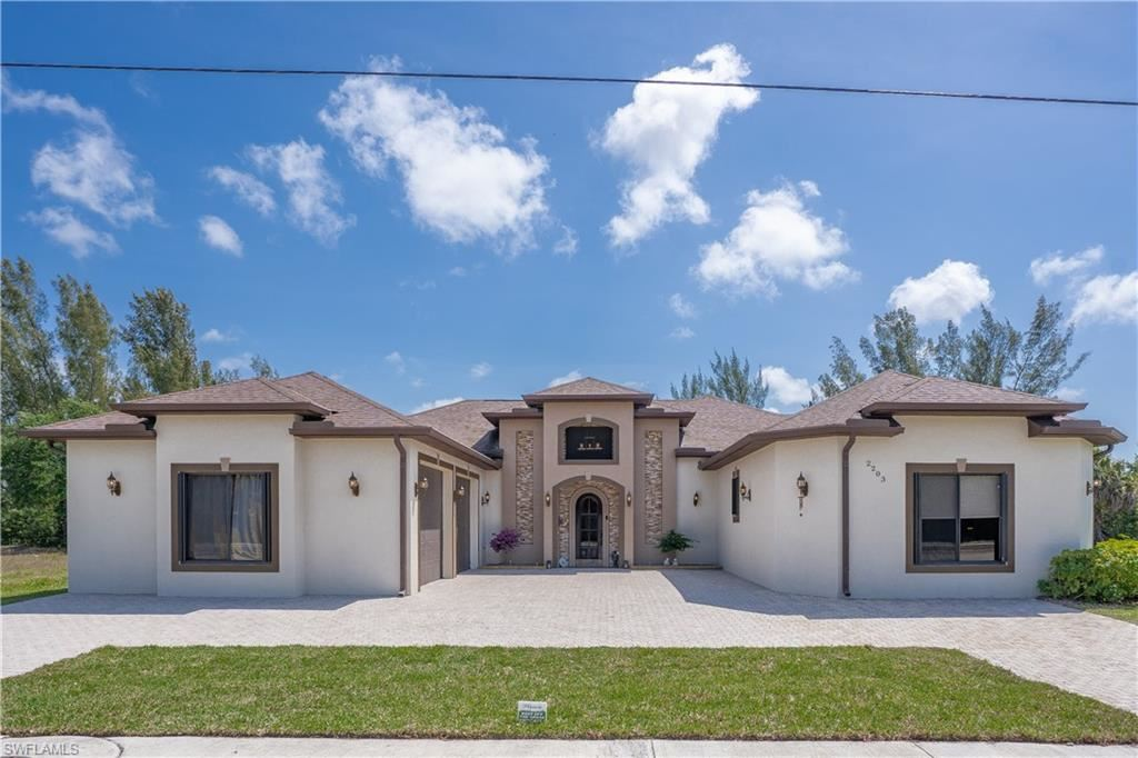 2203 Surfside Boulevard, Cape Coral, FL 33991 - MLS#: 221023635