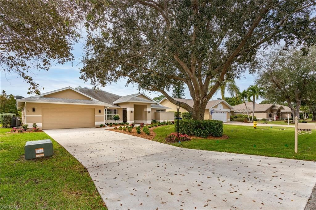 19304 Pine Run Lane, Fort Myers, FL 33967 - #: 220078639
