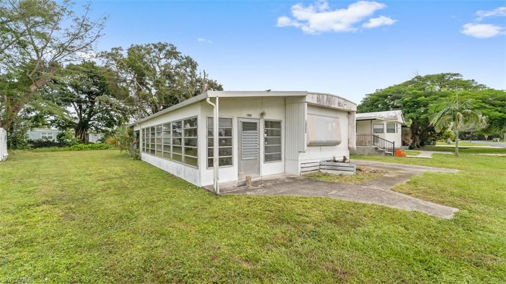 12080 Live Oak Drive, Fort Myers, FL 33908 - #: 221074639