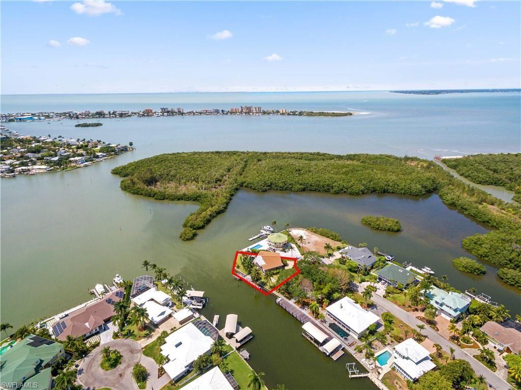 18547 Deep Passage Lane, Fort Myers Beach, FL 33931 - #: 220078650