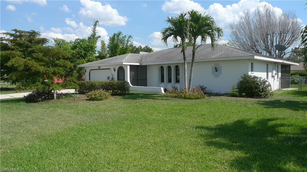 516 SE 28th Terrace, Cape Coral, FL 33904 - #: 221034653