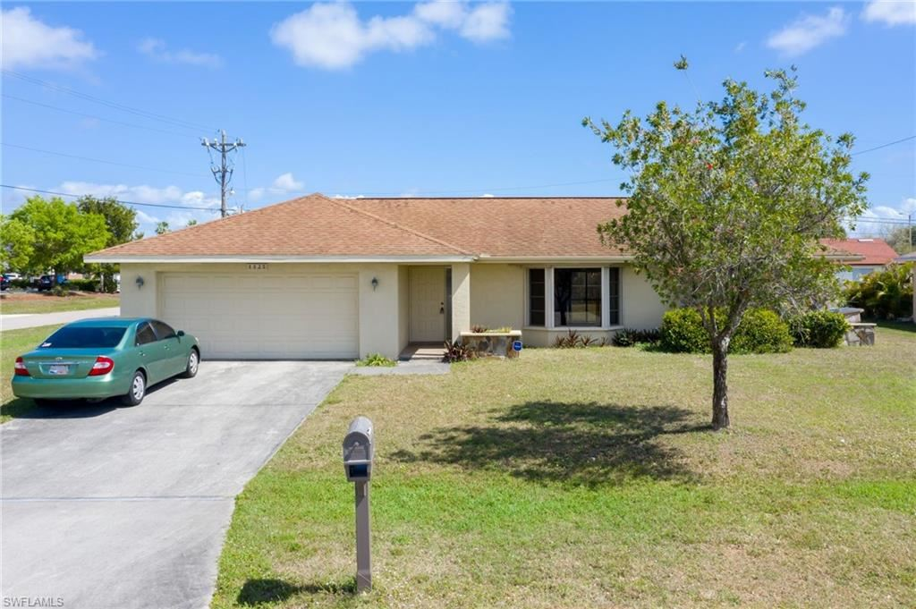 1425 SE 8th Place, Cape Coral, FL 33990 - #: 221013657