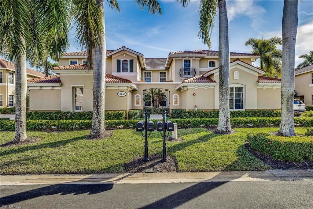 11065 Harbour Yacht Court #3, Fort Myers, FL 33908 - #: 221015662