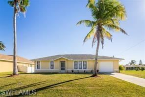 3601 Surfside Boulevard, Cape Coral, FL 33914 - #: 221000679