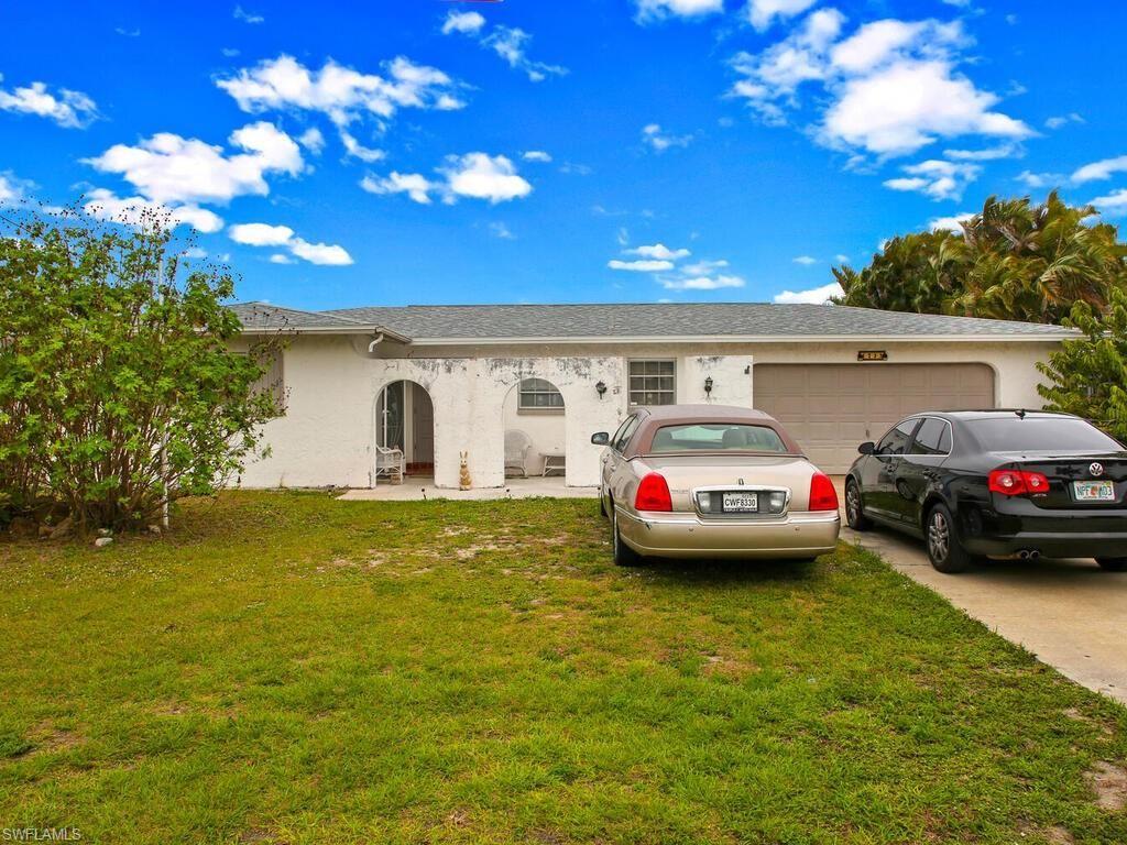 1733 Bikini Court, Cape Coral, FL 33904 - #: 221013686
