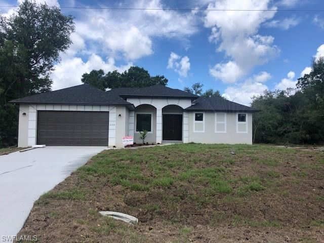 304 E 5th Street, Lehigh Acres, FL 33972 - #: 220041694