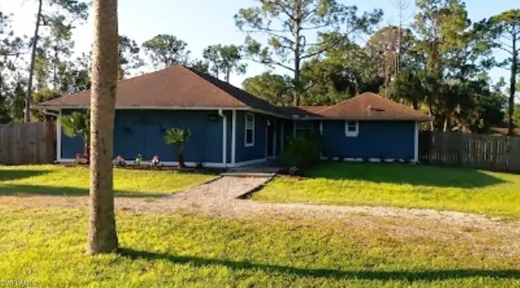 902 E 6th Street, Lehigh Acres, FL 33972 - #: 220065701