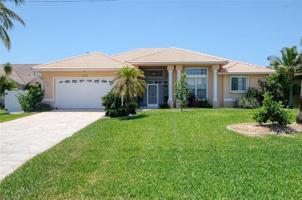 2128 SW 49th Terrace, Cape Coral, FL 33914 - #: 221069701
