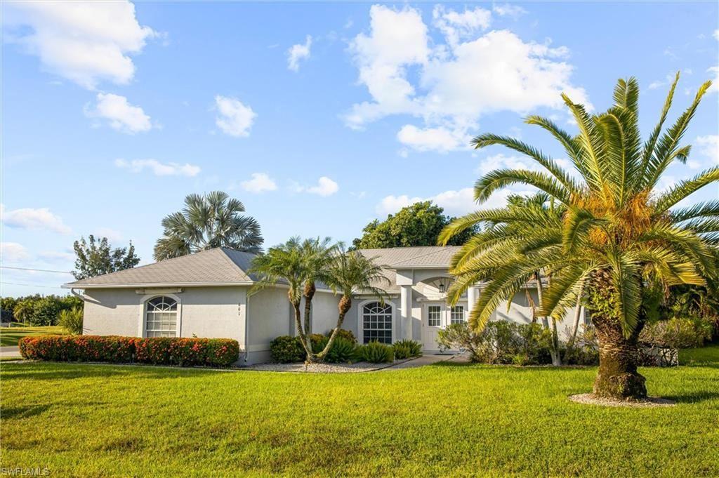601 SE 19th Street, Cape Coral, FL 33990 - #: 221068704