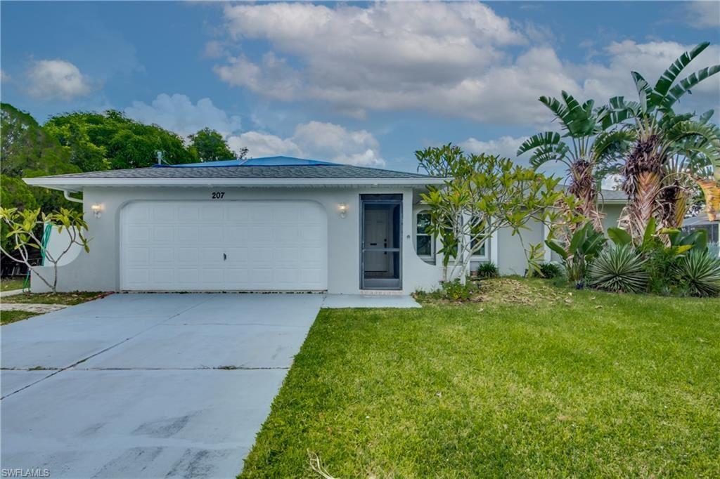 207 SE Santa Barbara Place, Cape Coral, FL 33990 - #: 221065722