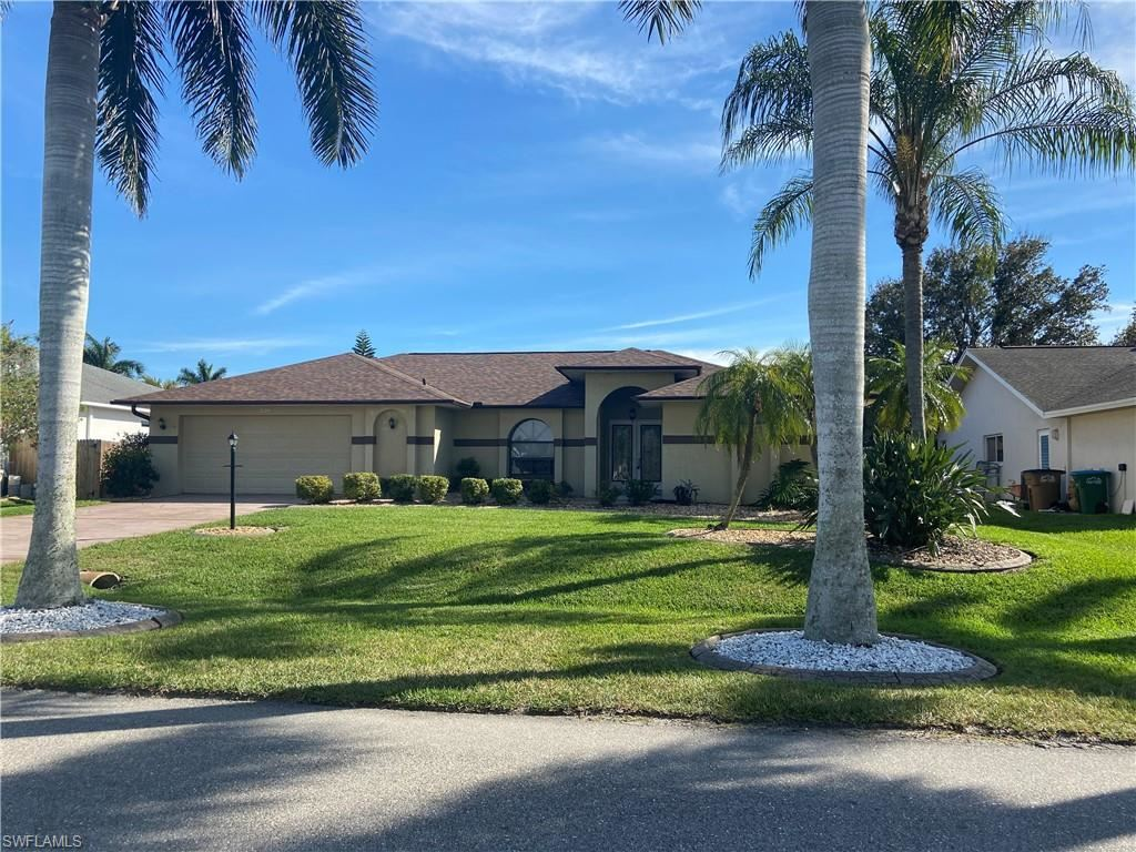 2124 SW 43rd Lane, Cape Coral, FL 33914 - #: 221013729