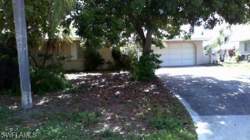 Photo of 3725 SE 1st Avenue, CAPE CORAL, FL 33904 (MLS # 221029734)
