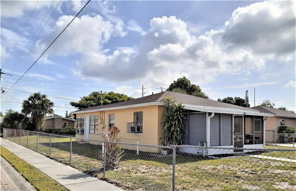 3103 Saint Charles Street, Fort Myers, FL 33916 - #: 220059734