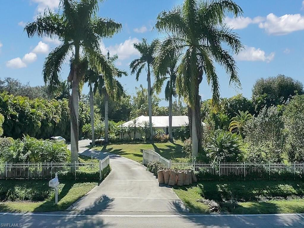 6900 Briarcliff Road, Fort Myers, FL 33912 - #: 221004741