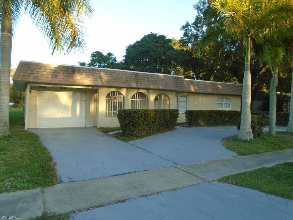 757 Dellena Lane, Fort Myers, FL 33905 - #: 221022745