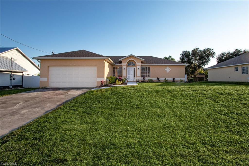 1222 SW 11th Street, Cape Coral, FL 33991 - #: 220080746