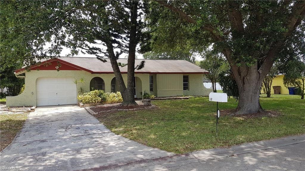 12 Lorelei Avenue, Lehigh Acres, FL 33936 - #: 221035752