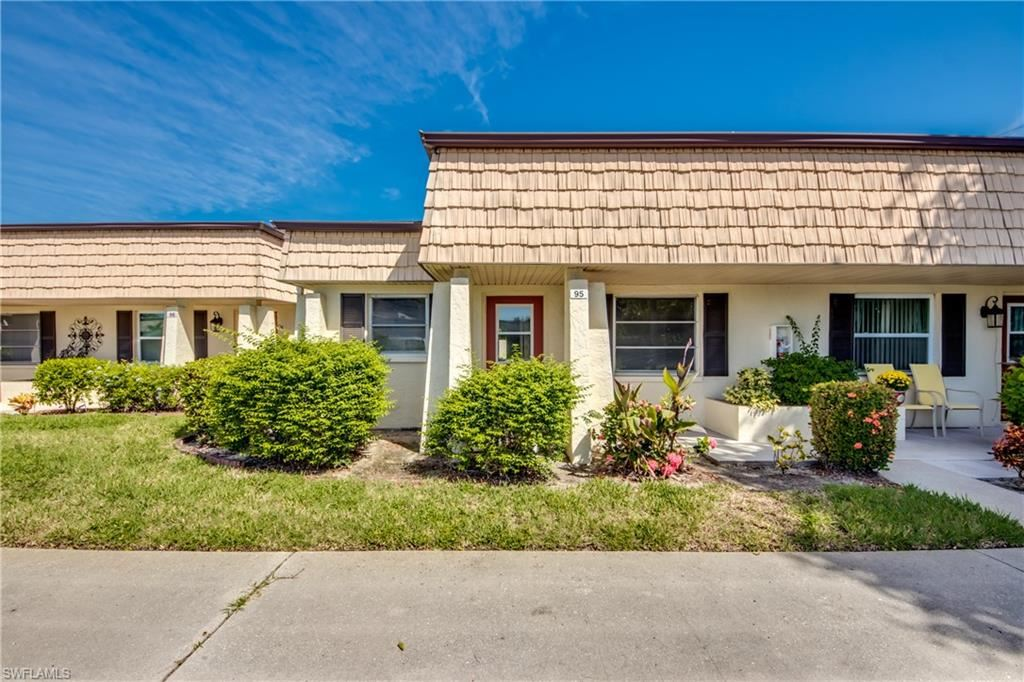 95 Bennington Drive, Fort Myers, FL 33919 - #: 220060753