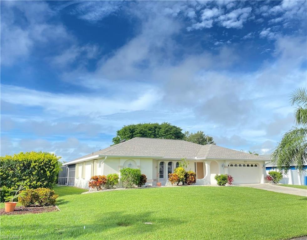 922 SE 28th Terrace, Cape Coral, FL 33904 - #: 221048757