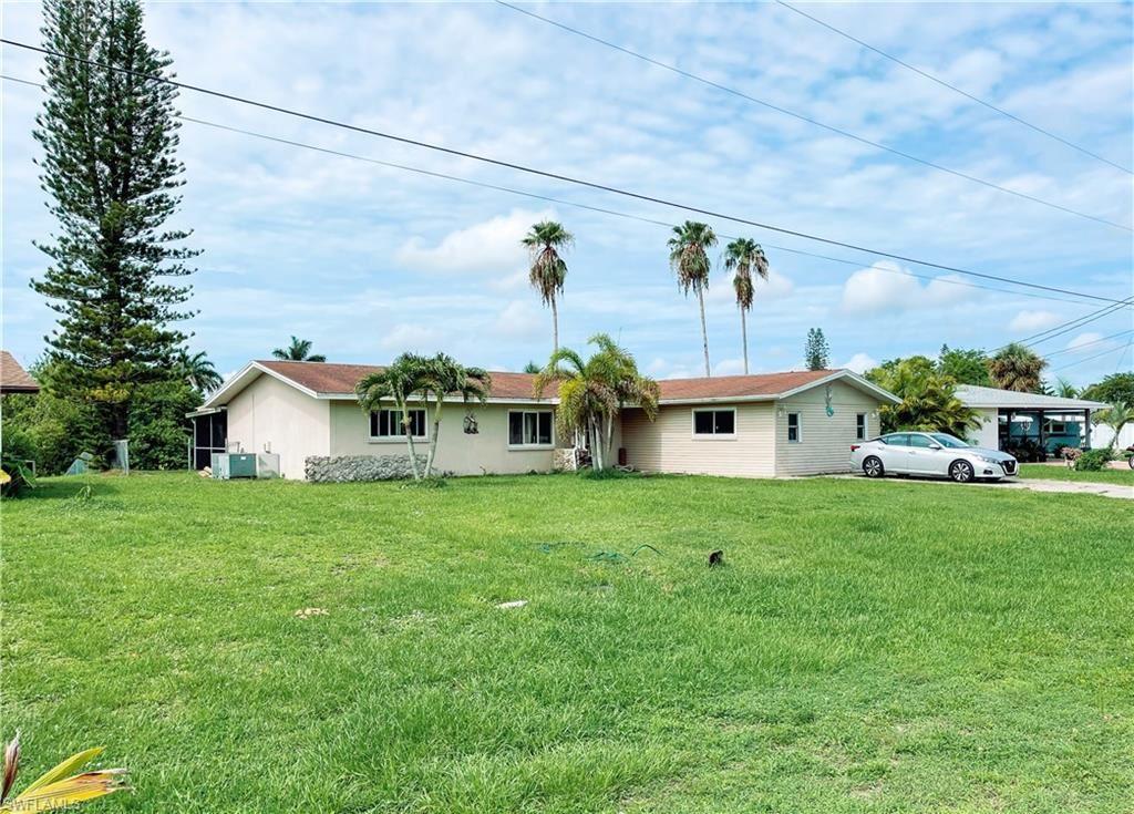 1206 NE 4th Terrace, Cape Coral, FL 33909 - #: 221049759
