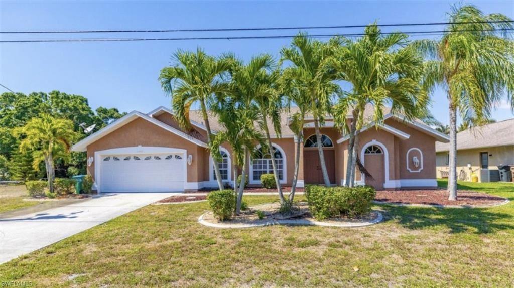 1117 SE 4th Street, Cape Coral, FL 33990 - #: 220064766