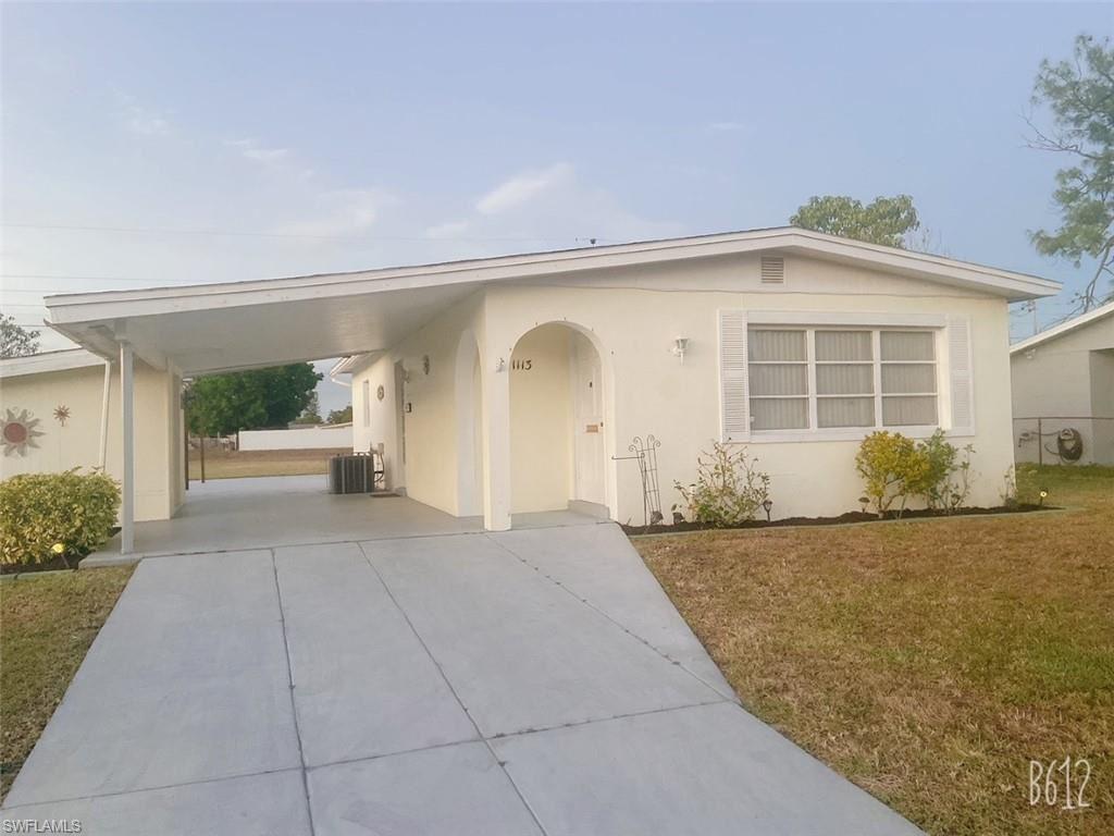 1113 Gifford Avenue N, Lehigh Acres, FL 33936 - #: 221009766