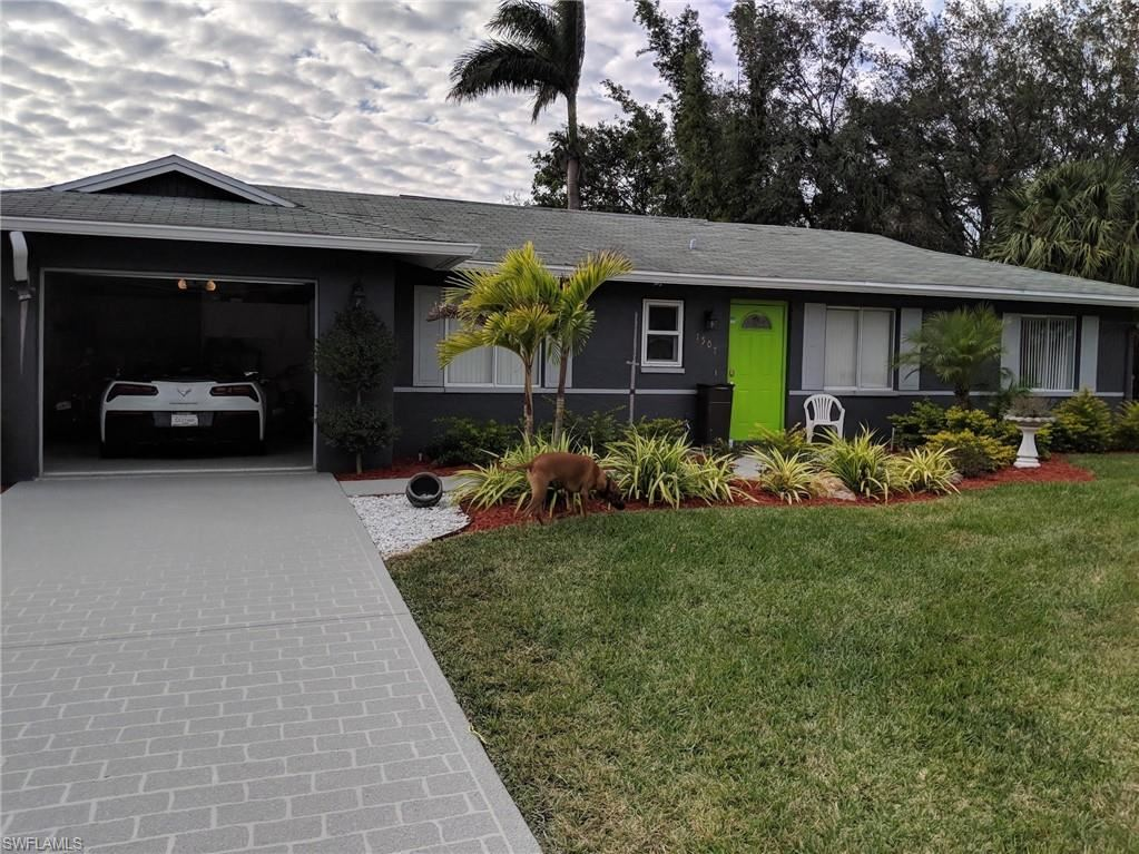 1507 Sunkist Way, Fort Myers, FL 33905 - #: 221007774