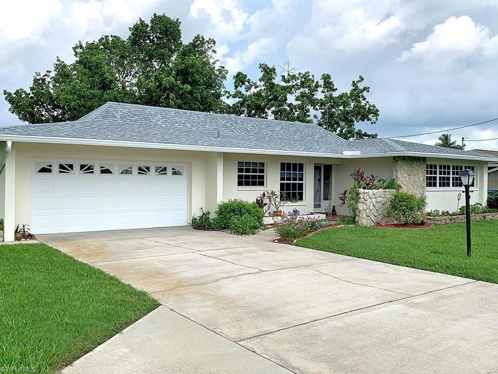 2827 SE 16th Place, Cape Coral, FL 33904 - #: 221055781