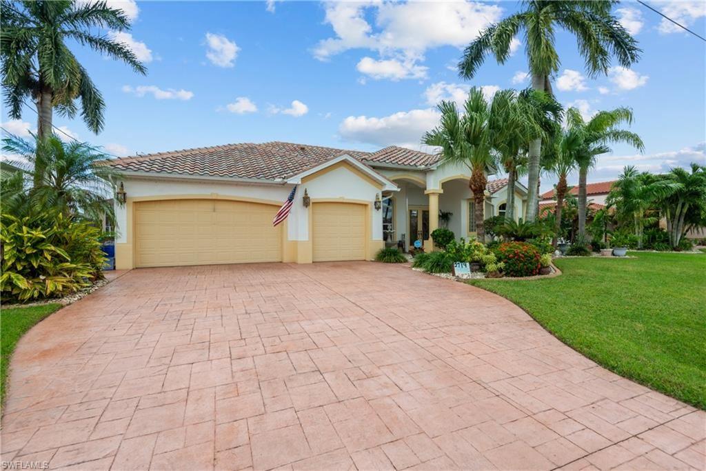 2719 SE 24th Place, Cape Coral, FL 33904 - #: 220070782