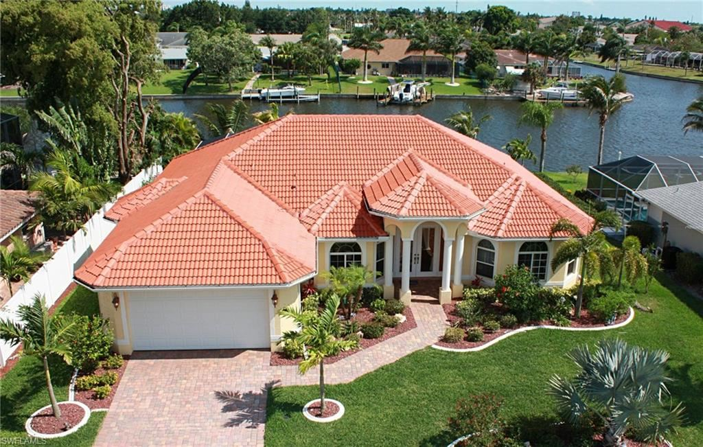 820 SE 43rd Street, Cape Coral, FL 33904 - #: 221045793