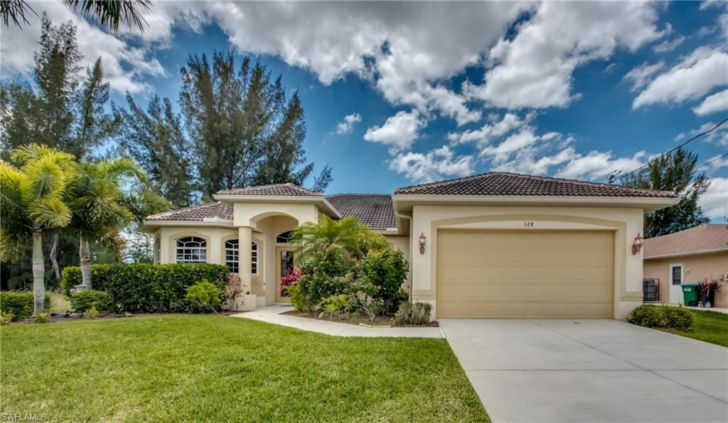 128 SE 23rd Street, Cape Coral, FL 33990 - #: 220029795