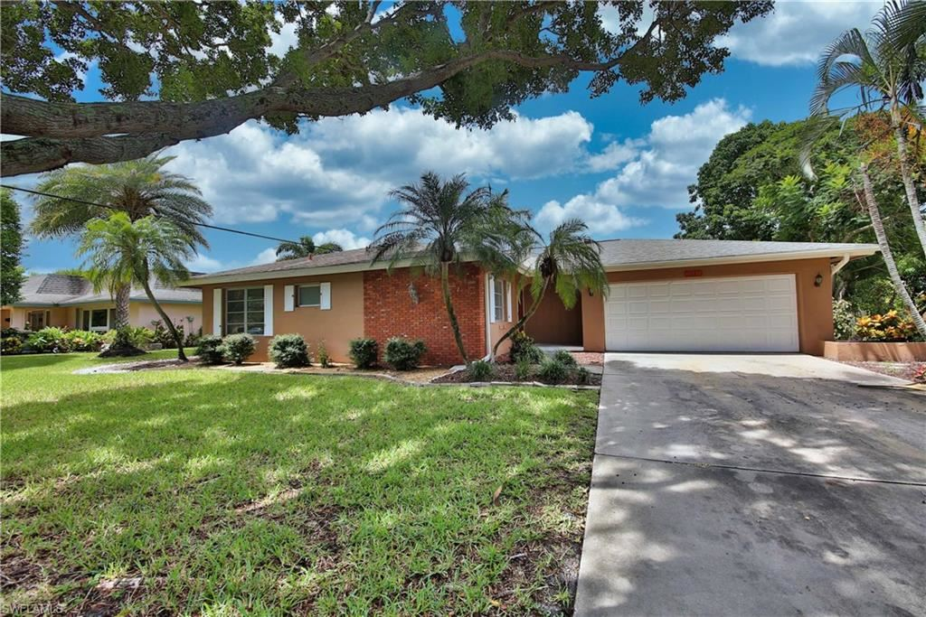 1441 Woodwind Court, Fort Myers, FL 33919 - #: 220052795