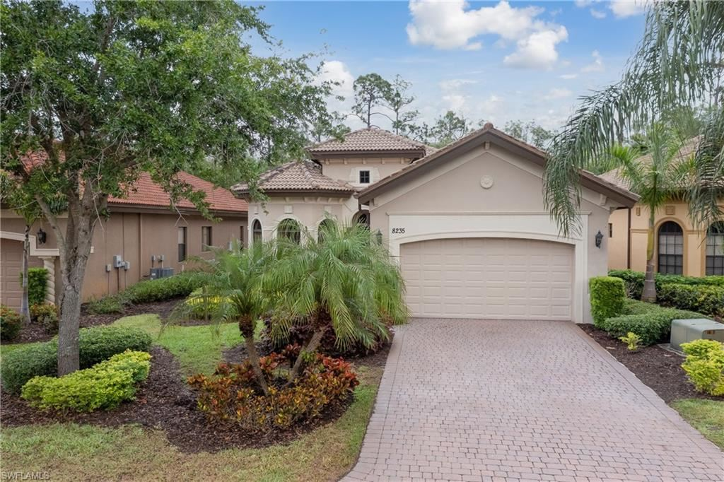 8235 Provencia Court, Fort Myers, FL 33912 - #: 221026804