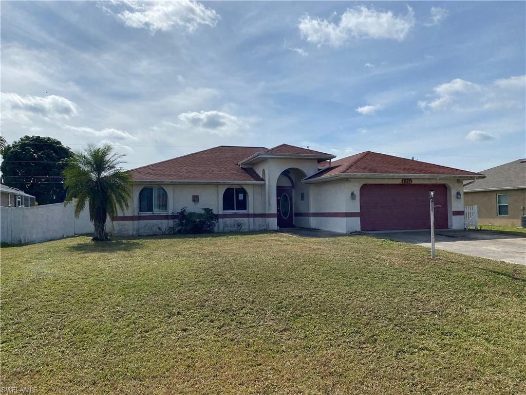 1214 SW 14th Terrace, Cape Coral, FL 33991 - #: 221003808