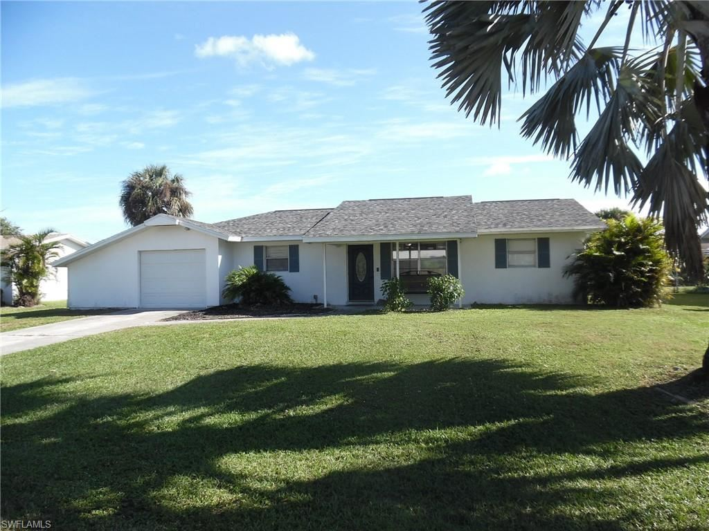 406 Cactus Circle, Lehigh Acres, FL 33936 - #: 220075819
