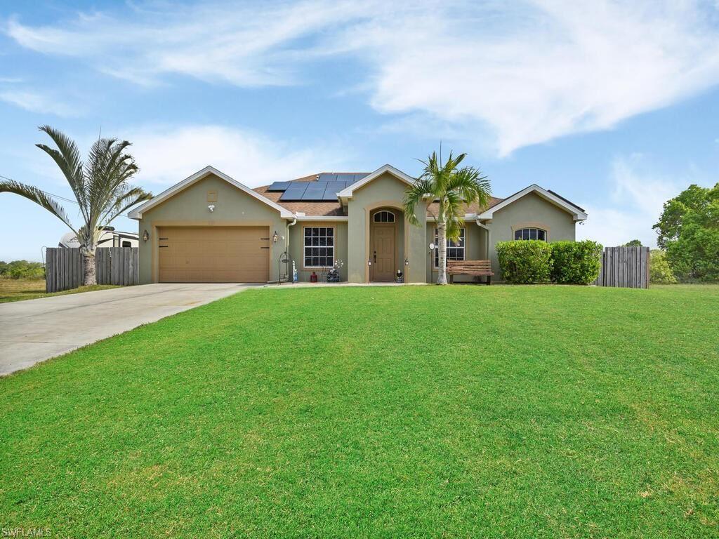 627 NE 7th Terrace, Cape Coral, FL 33909 - #: 220057823