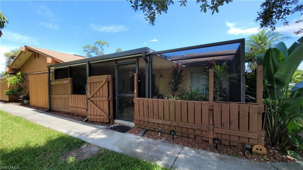 5625 Foxlake Drive, North Fort Myers, FL 33917 - #: 221064823