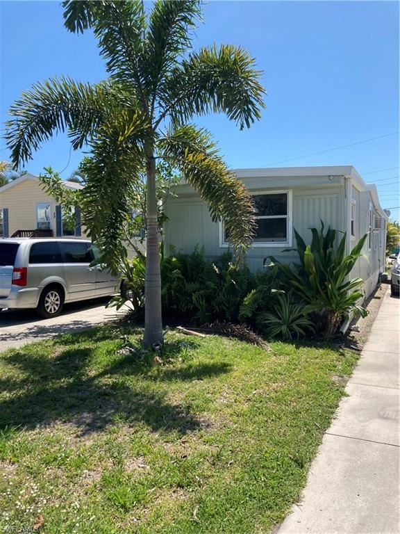 50 Oyster Bay Lane, Fort Myers Beach, FL 33931 - #: 221032852